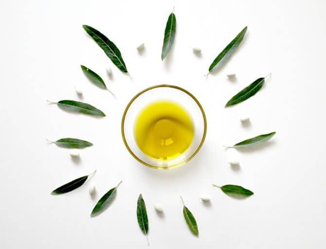 Todas las razones para tomar el mejor aceite de oliva crudo